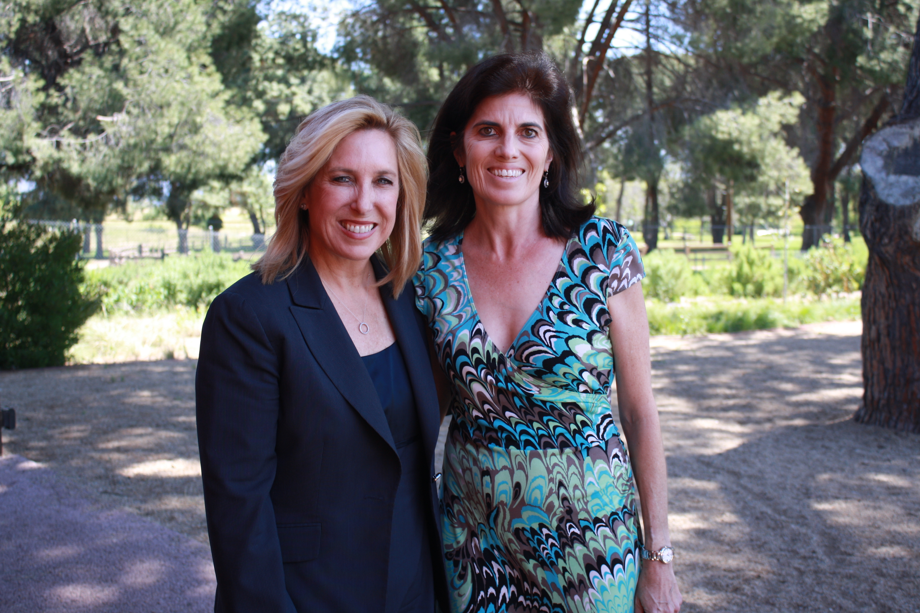 Wendy Greuel poses with Natalie Fousekis outside